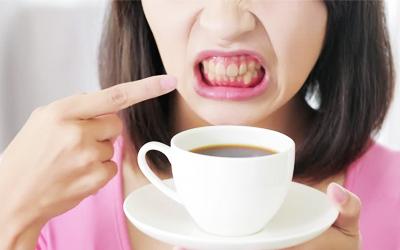 Отказаться от употребления красящих продуктов - Стоматология Линия Улыбки