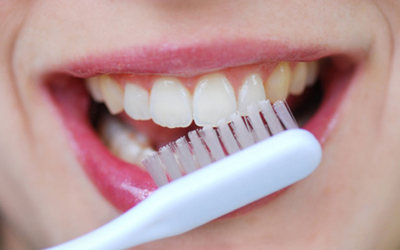 Чистите зубы 2 раза в день - Стоматология «Линия Улыбки»