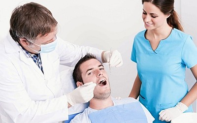 Имплантация зубов под ключ - Стоматология «Линия Улыбки»