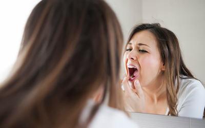 Зубы портятся - Стоматология «Линия Улыбки»