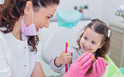 Процедура профессиональной гигиены - Стоматология «Линия Улыбки»