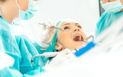 Боль при ощупывании - Стоматология Линия Улыбки