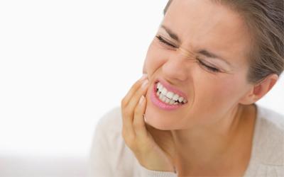 Сильная боль при нажатии на челюсть - Стоматология Линия Улыбки