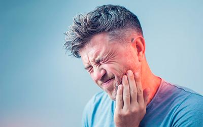 При развитии альвеолита боль усиливается - Стоматология Линия Улыбки