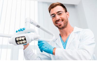 Свищ на десне - Стоматология Линия Улыбки