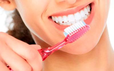 Чистить зубы два-три раза в день - Стоматология Линия Улыбки