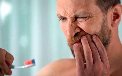 Кровотечение в десне - Стоматология Линия Улыбки