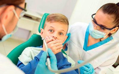 Маленький пациент страдает стоматофобией - Стоматология Линия Улыбки