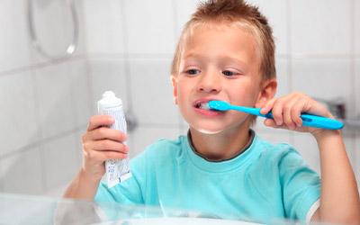 Особенности ухода за полостью рта - Стоматология «Линия Улыбки
