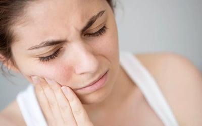 Когда необходимо срочно получить медицинскую помощь - Стоматология «Линия Улыбки»