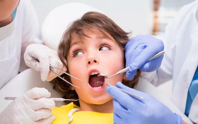 Особенности использования обезболивания в детской стоматологии - Стоматология «Линия Улыбки»