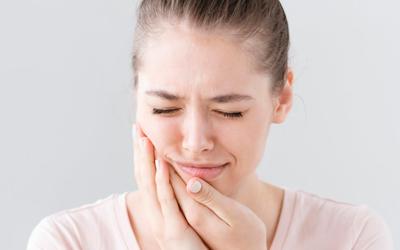 Сколько болит зуб после удаления в норме - Стоматология «Линия Улыбки»