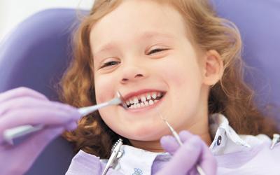Нужно ли лечить молочные зубы - Стоматология «Линия Улыбки»