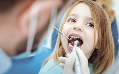Вырывают ли молочные зубы - Стоматология «Линия Улыбки»