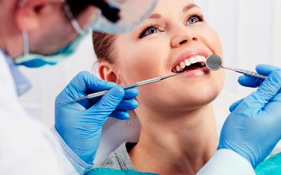 Десна отошла от зуба - Стоматология «Линия Улыбки»