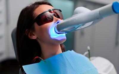 Вред отбеливания зубов - Линия Улыбки