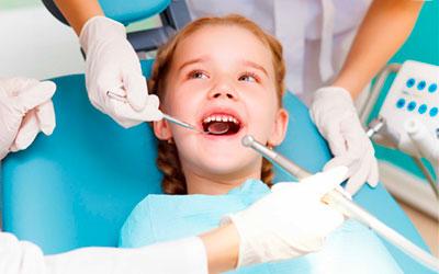 Когда лучше лечить искривления - Стоматология Линия Улыбки