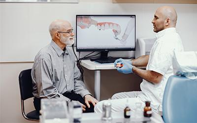 Как хранить зубные протезы - Стоматология Линия Улыбки